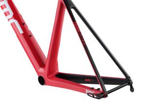 Rower szosowy BMC Teammachine SLR01 DISC TEAM 07 (mat. pras.)
